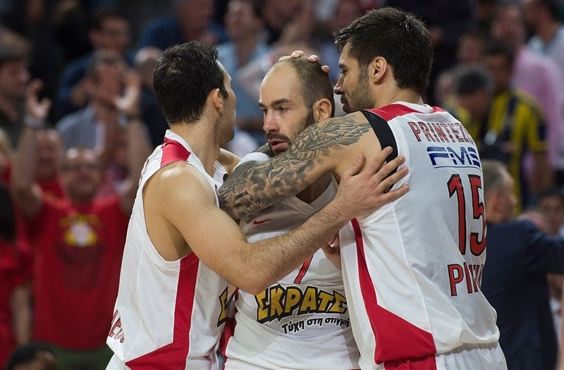 Vassilis Spanoulis - Olympiacos Piraeus celebrates - Final Four Madrid 2015 - EB14