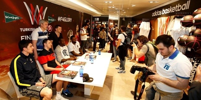 Final Four Madrid 2015 - Players in adidas stand in El Corte Ingles & fanzone area