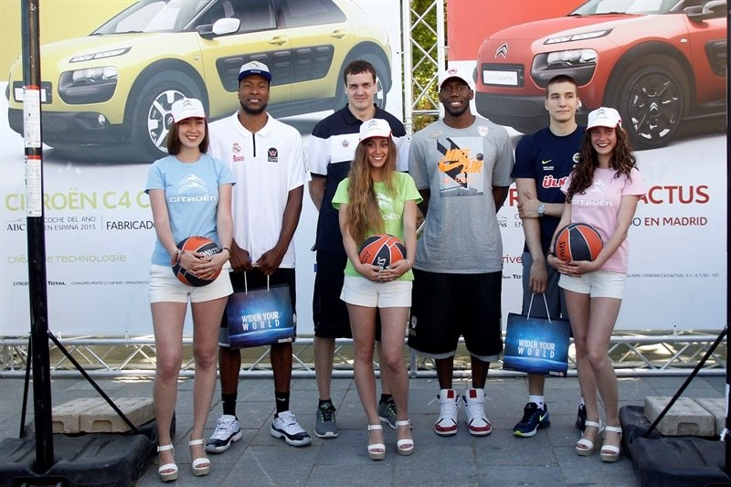 Slaughter, Kaun, Dunston and Bogdanovic- Citroen stand - Fanzone in Plaza Oriente - Final Four Madrid 2015 - EB14b