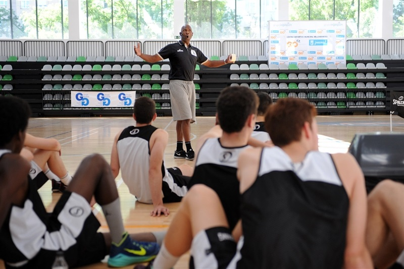 Terry Porter - Internacional Coaches Clinic Jose Luis Abos - Final Four Madrid 2015 - EB14