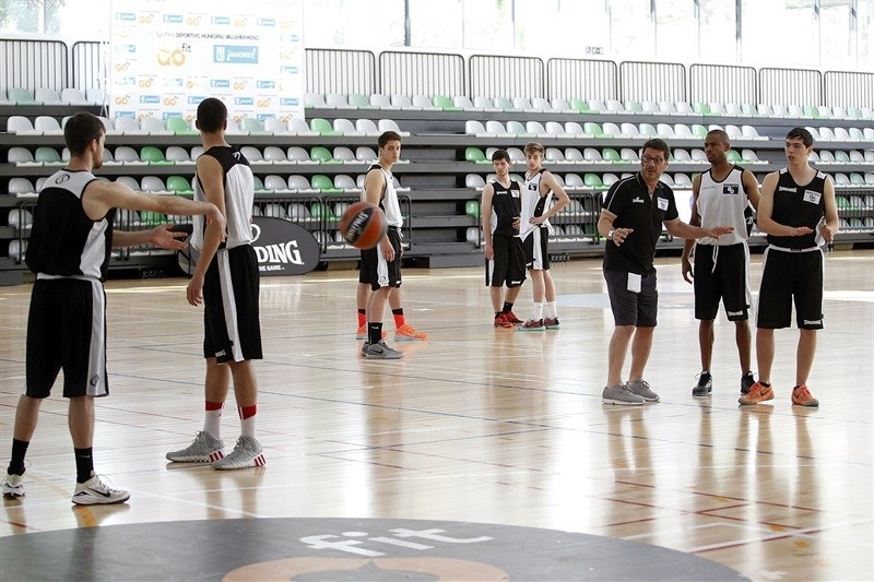 Fotis Katsikaris - Internacional Coaches Clinic Jose Luis Abos - Final Four Madrid 2015 - EB14