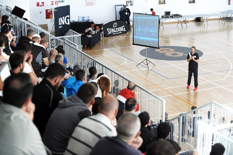 Internacional Coaches Clinic Jose Luis Abos - Final Four Madrid 2015 - EB14