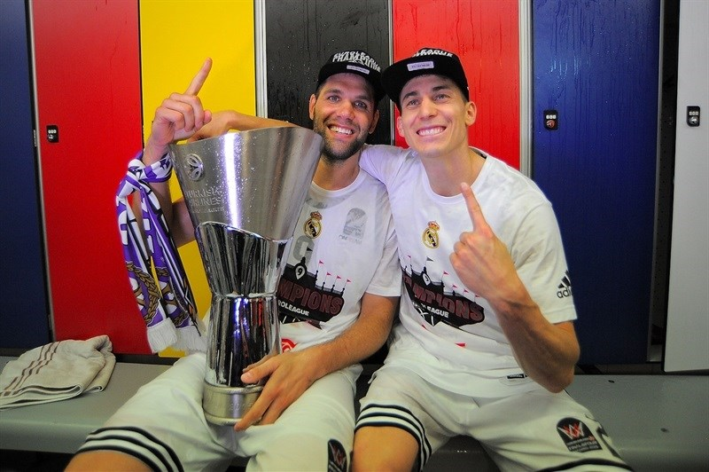 Felipe Reyes and Jaycee Carroll, new champs!