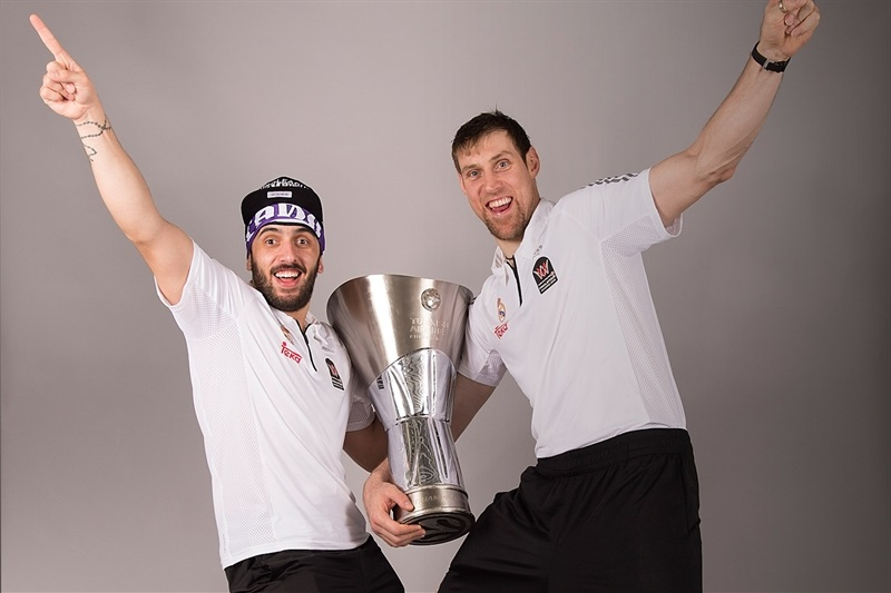 Facundo Campazzo and Andres Nocioni - Trophy champ photo shoot - Final Four Madrid 2015 - EB14