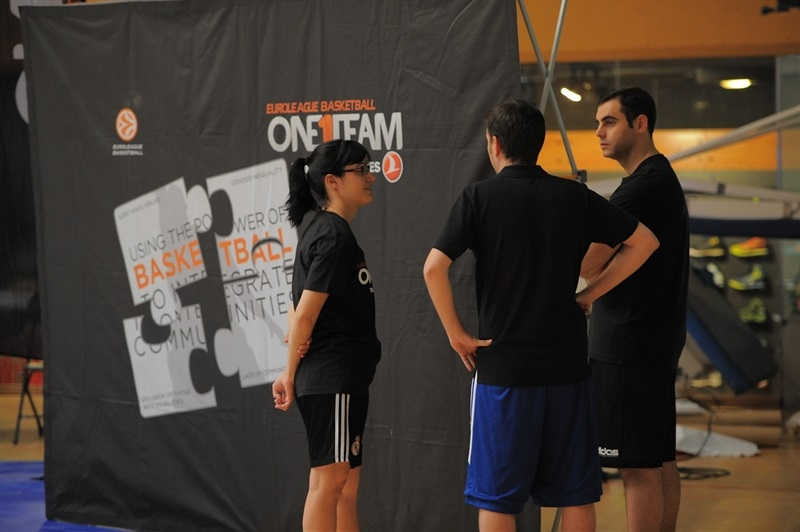 One Team introduction session for Final Four volunteers in Magariños - Final Four Madrid 2015 - EB14