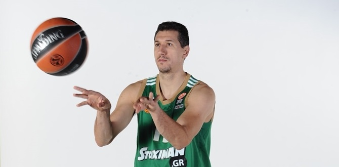 Diamantidis makes history with 1,000 assists