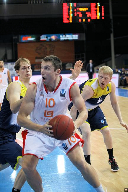 Pavel Houska - CEZ Basketball Nymburk - EC14 (photo CEZ Nymburk)