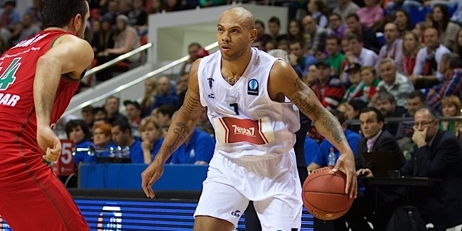 AEK Athens brings in Carter
