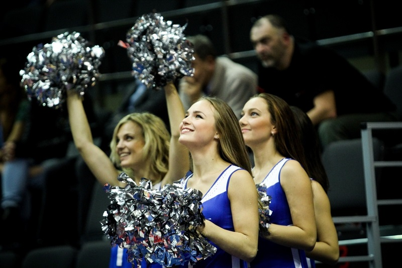 Zenit St Petersburg cheerleaders - EC14 (photo Zenit)