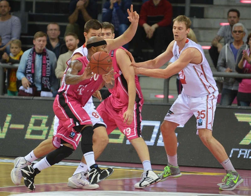 Eugene Lawrence - Telekom Basket Bonn - EC14 (photo Telekom Bonn)