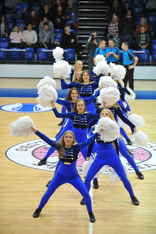 Cheerleaders - Ventspils - EC14 (photo Ventspils)