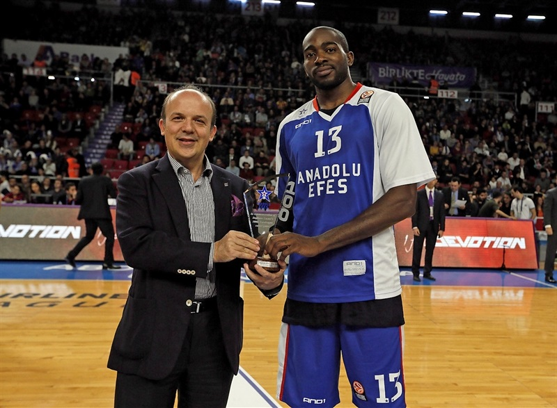 Stefane Lasme - 100 Euroleague games - Anadolu Efes - EB14