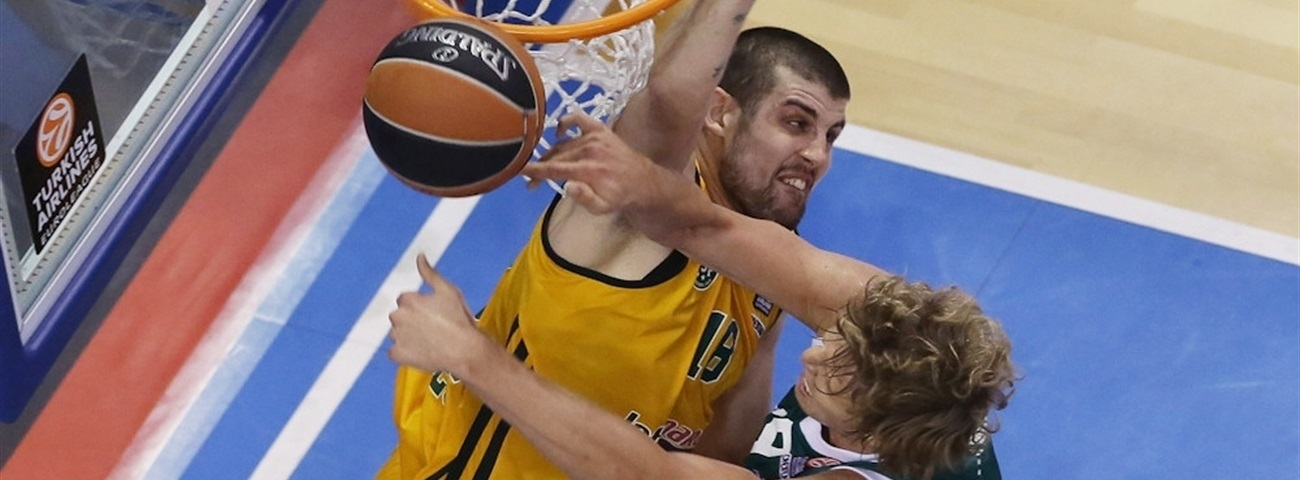 Banvit adds star forward Moerman