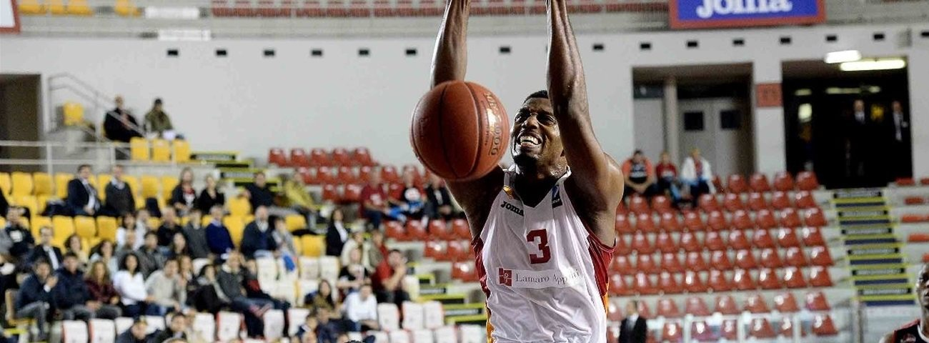 Unics lands forward Ejim