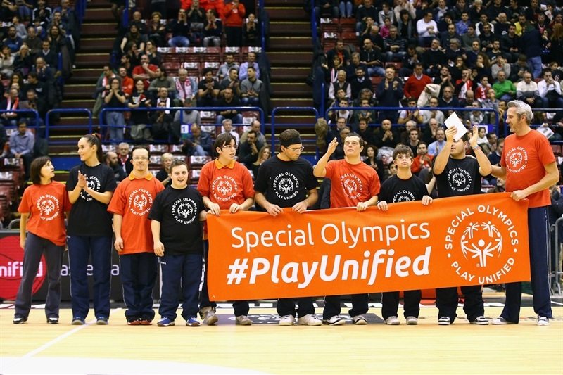 Special Olimpics in Milan - One Team - EB14