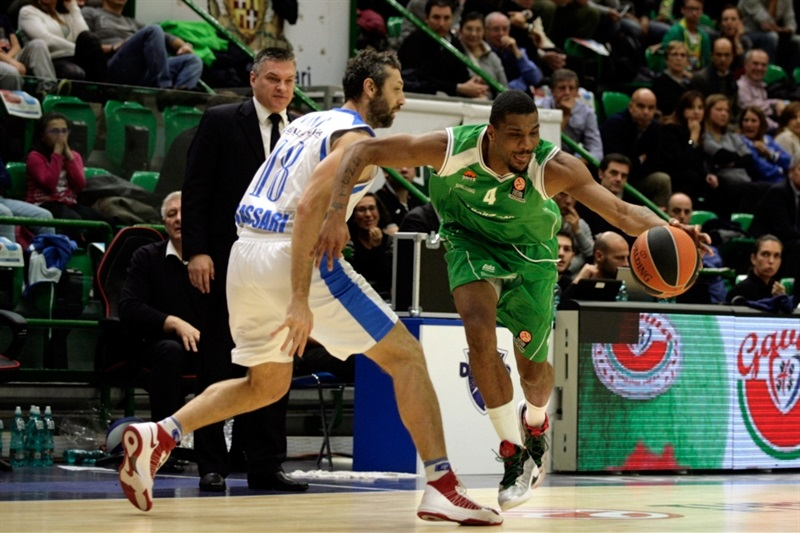 James White - Unics Kazan - EB14