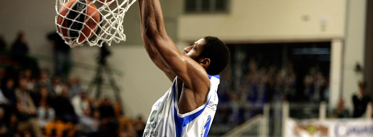 Avtodor inks versatile forward Brooks
