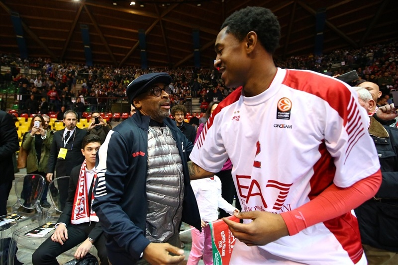 Spike Lee in Milan with Marshon Brooks - EA7 Milan vs. Panathinaikos Athens