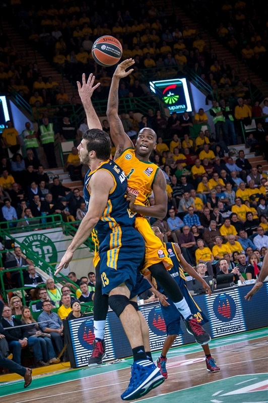 Steed Tchicamboud - Limoges CSP - EB14