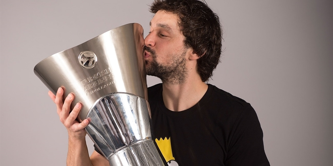Real Madrid re-signs star guard Llull until 2021