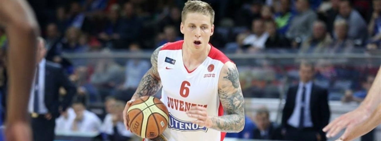 Neptunas signs Siksnius for two years