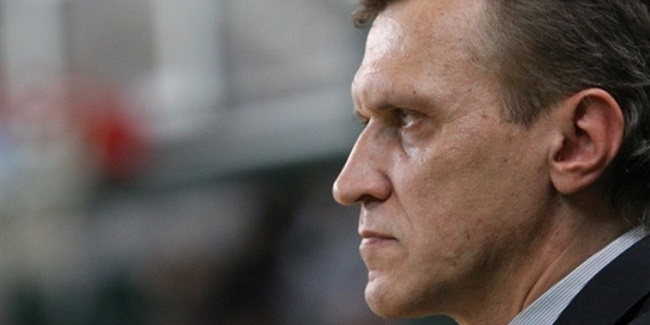 Krasny Oktyabr puts coach Bolshakov at the helm