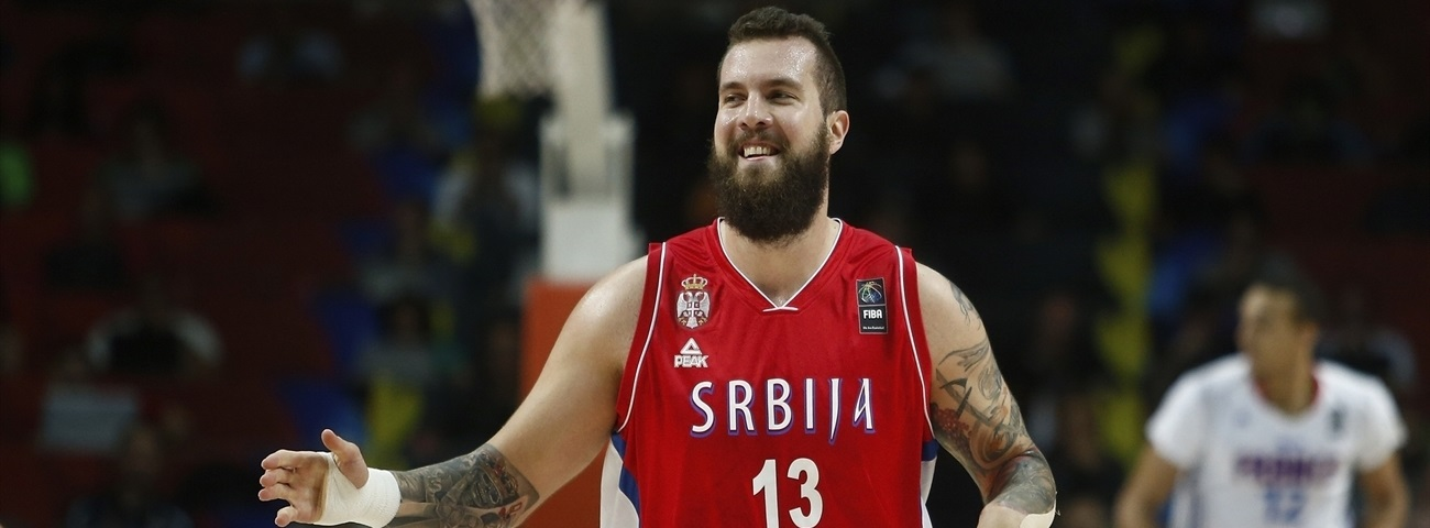 Panathinaikos tabs big man Raduljica