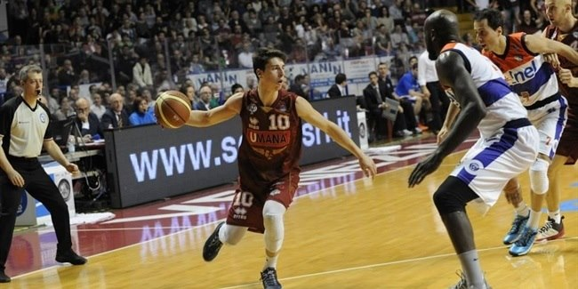 Umana Venice keeps point guard Ruzzier