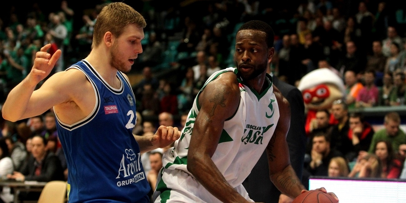 Banvit adds sharp shooter Johnson
