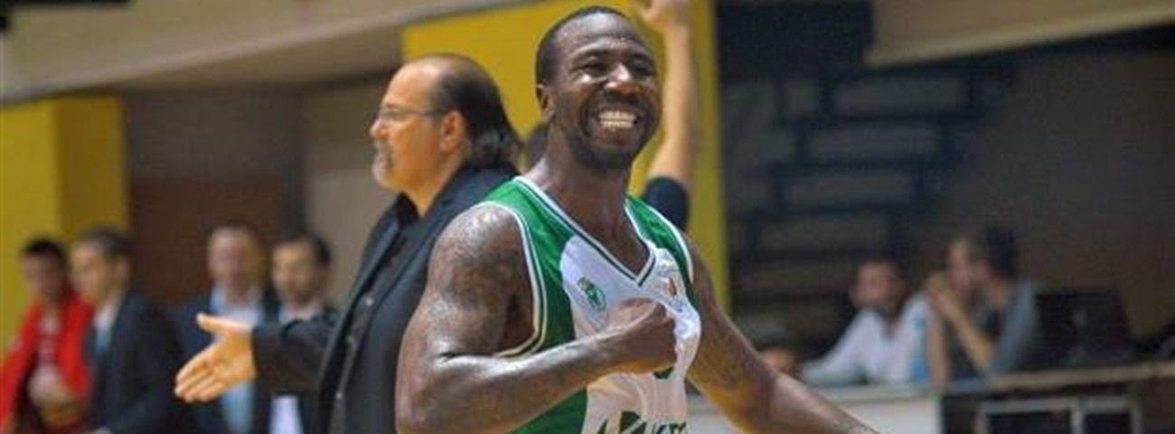 AEK adds guard Armstead