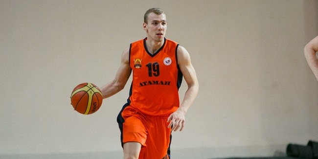 Zenit signs guard Karpukhin