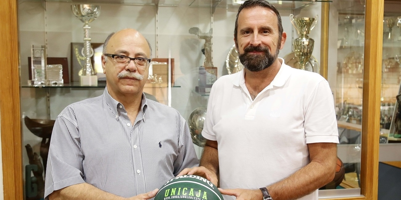 Unicaja Malaga, Coach Plaza commit through 2018
