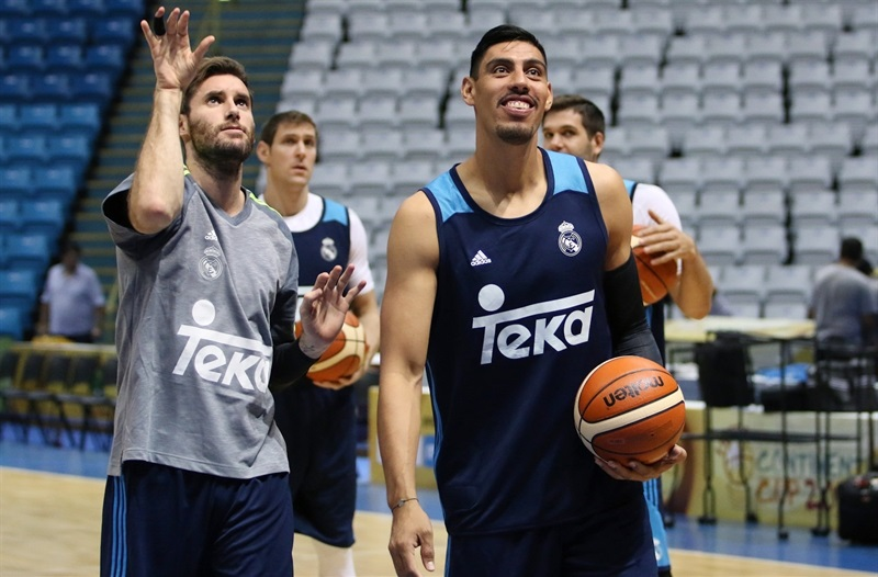 Gustavo Ayon - Real Madrid practices - Intercontinental Cup 2015 - EB15 (photo FIBA)