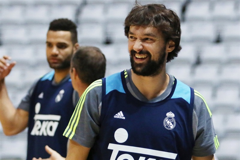 Sergio Llull - Real Madrid practices - Intercontinental Cup 2015 - EB15 (photo FIBA)