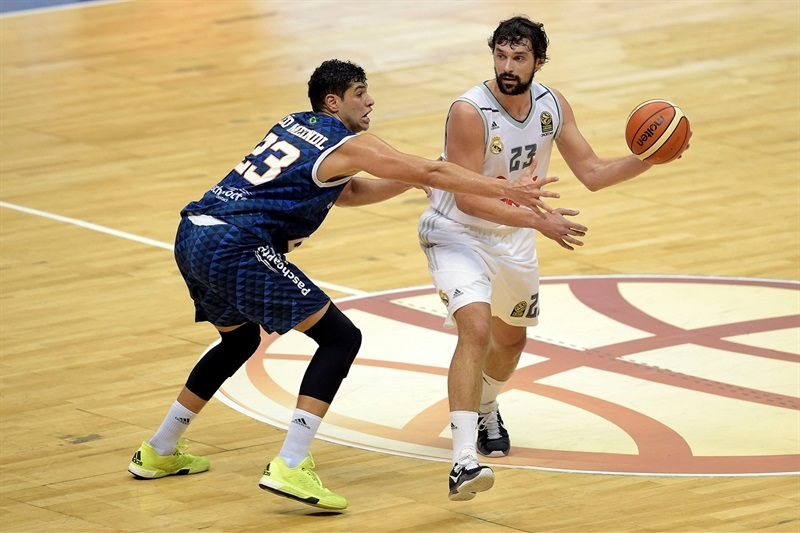 Sergio Llull - Real Madrid vs. Bauru - Intercontinental Cup 2015 - EB15  (photo Gaspar Nóbrega - FIBA Americas)