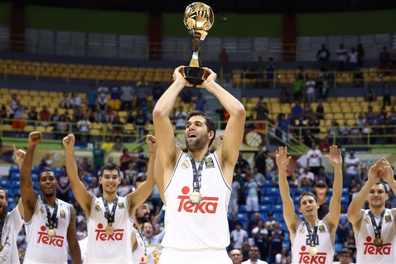 Felipe Reyes, Real Madrid champ Intercontinental - Real Madrid vs. Bauru, Game 2 - Intercontinental Cup 2015 - EB15  (photo José Jiménez Tirado - FIBA Americas)