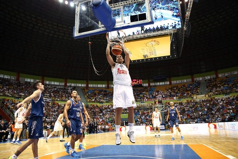 Guillermo Hernangomez - Real Madrid vs. Bauru, Game 2 - Intercontinental Cup 2015 - EB15  (photo José Jiménez Tirado - FIBA Americas)