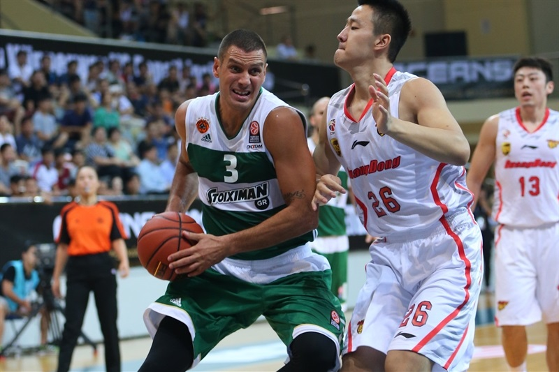 Sasha Pavlovic - Panathinaikos Athens vs. Guangdong Tigers - World Tour 2015 - EB15