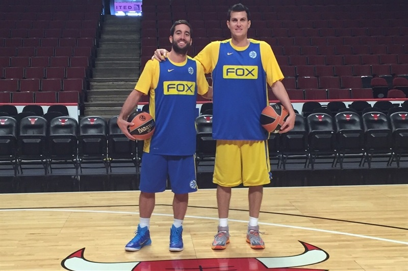 Yogev Ohayon and Guy Pnini, Maccabi FOX Tel Aviv practices in Chicago - World Tour USA 2015 - EB15 (photo Maccabi)