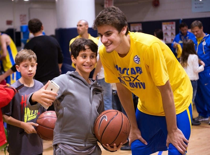 Dragan Bender - Maccabi FOX Tel Aviv practices in New York - World Tour USA 2015 - EB15 (photo Maccabi)