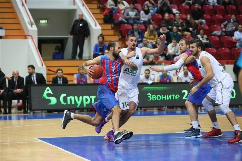 Pankracije Barac - Steaus CSM Eximbank Bucharest vs. Unics Kazan (photo Unics)
