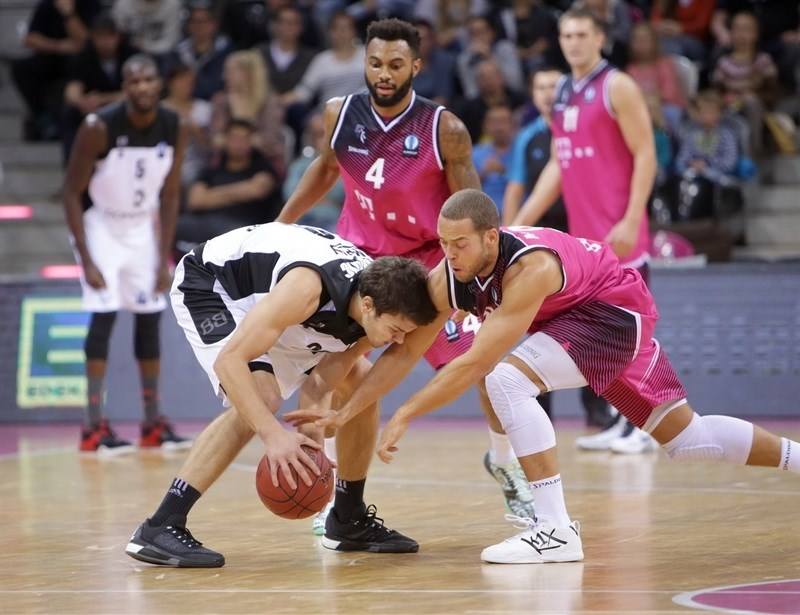 Dejan Todorovic - Dominion Bilbao Basket - EC 15 (photo Jörn Wolter - Telekom Baskets Bonn)