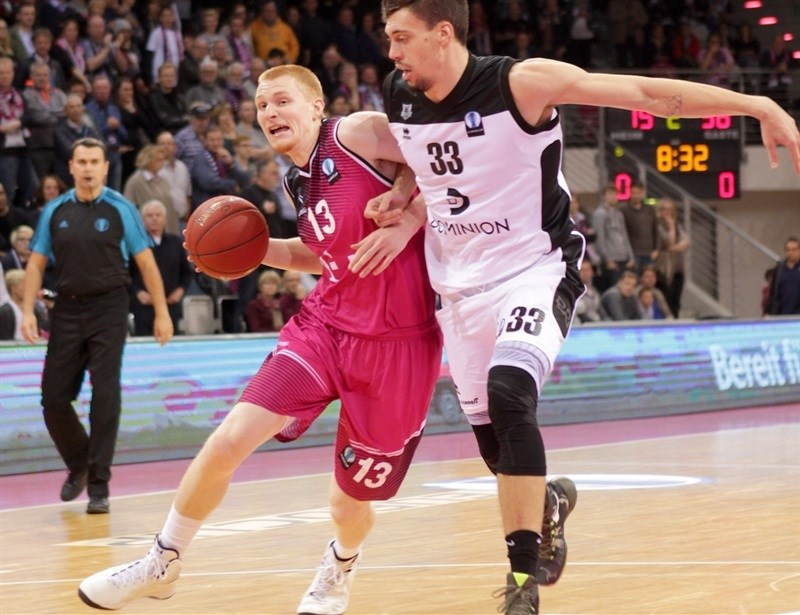 Aaron White - Telekom Baskets Bonn - EC 15 (photo Jörn Wolter - Telekom Baskets Bonn)
