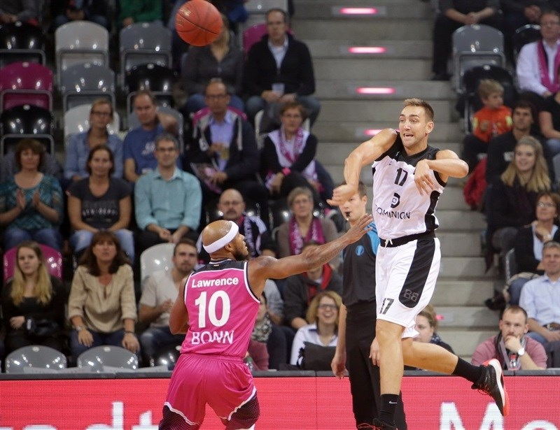 Axel Hervelle - Dominion Bilbao Basket - EC 15 (photo Jörn Wolter - Telekom Baskets Bonn)