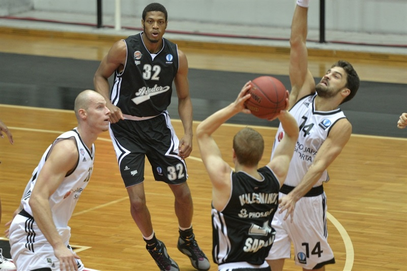 Jeff Brooks - Avtodor Saratov - EC15 (photo Besiktas)