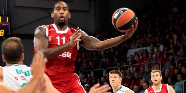 Regular Season, Round 2: Brose Baskets Bamberg vs. Darussafaka Dogus Istanbul