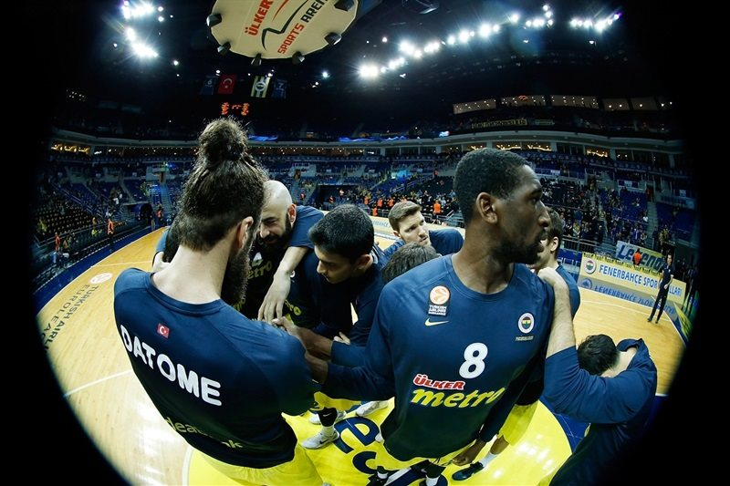 Players Fenerbahce Ulker - EB15