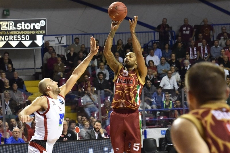 Phillip Goss - Umana Reyer Venice - EC15 (photo Reyer Venice)
