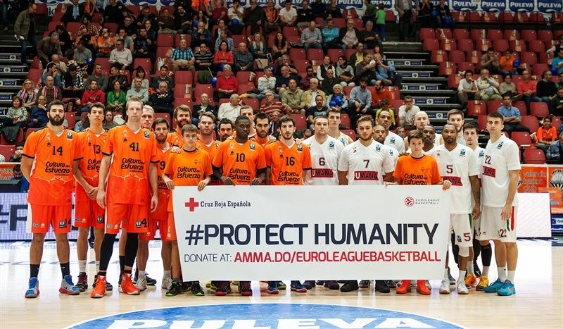 Protect Humanity - Valencia Basket vs. Umana Reyer Venice - EC15 (photo Valencia - Isaac Ferrera)