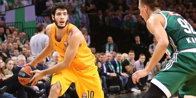 Barcelona's Abrines undergoes surgery